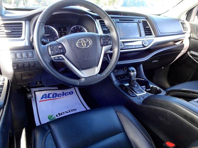 2016 Toyota Highlander XLE Madison, NC 43