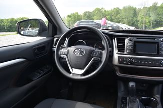 2016 Toyota Highlander LE Naugatuck, Connecticut 11