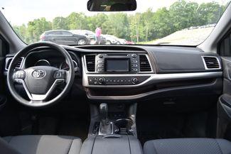 2016 Toyota Highlander LE Naugatuck, Connecticut 12