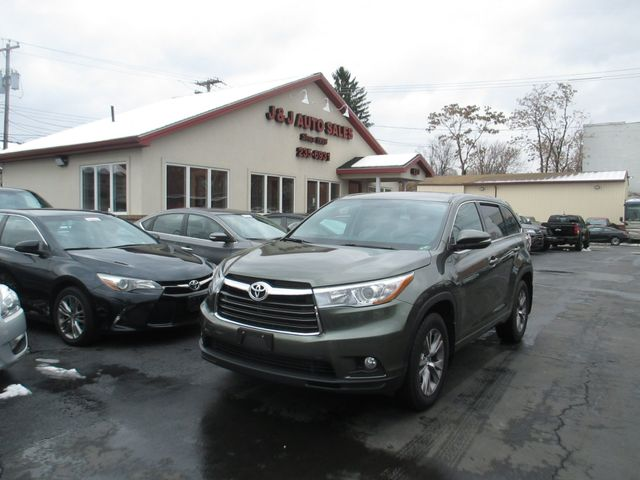 2016 Toyota Highlander LE AWD V6 in Troy NY, 12182