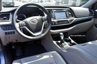 2016 Toyota Highlander XLE Waterbury, Connecticut 17