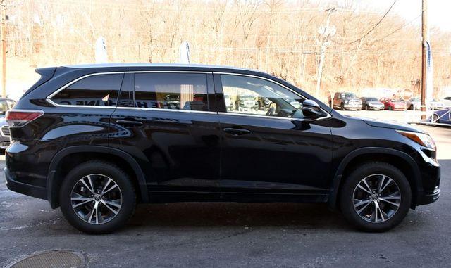 2016 Toyota Highlander XLE Waterbury, Connecticut 8