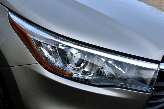 2016 Toyota Highlander XLE Waterbury, Connecticut 10