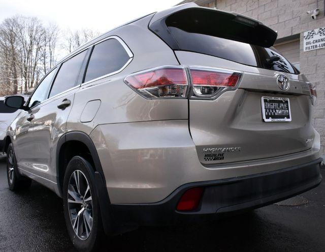 2016 Toyota Highlander XLE Waterbury, Connecticut 5