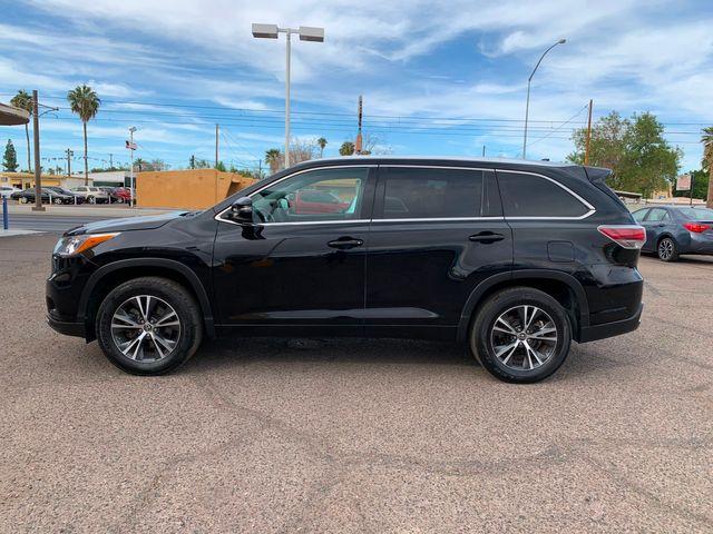 2016 Toyota Highlander XLE 3 MONTH/3,000 MILE NATIONAL POWERTRAIN WARRANTY Mesa, Arizona 1