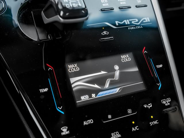 2016 Toyota Mirai FCV Burbank, CA 17