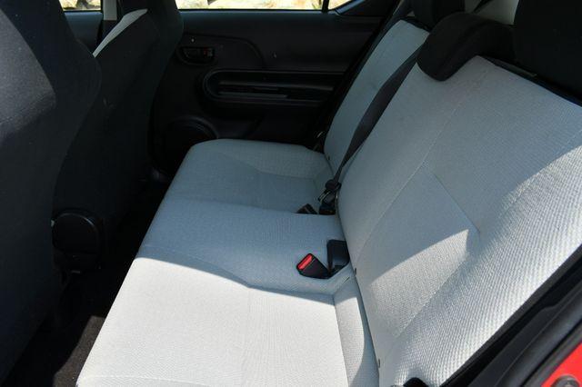 2016 Toyota Prius c One Naugatuck, Connecticut 16