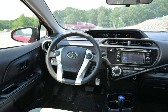 2016 Toyota Prius c One Naugatuck, Connecticut 17