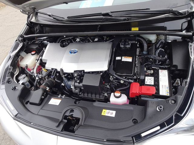 2016 Toyota Prius Three Touring Madison, NC 42