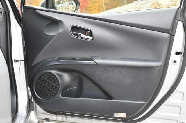 2016 Toyota Prius Naugatuck, Connecticut 10