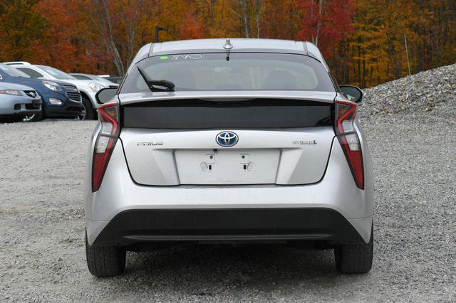 2016 Toyota Prius Naugatuck, Connecticut 3