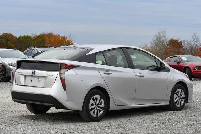 2016 Toyota Prius Naugatuck, Connecticut 4