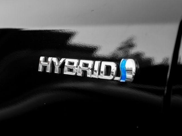 2016 Toyota Prius v Two Burbank, CA 20