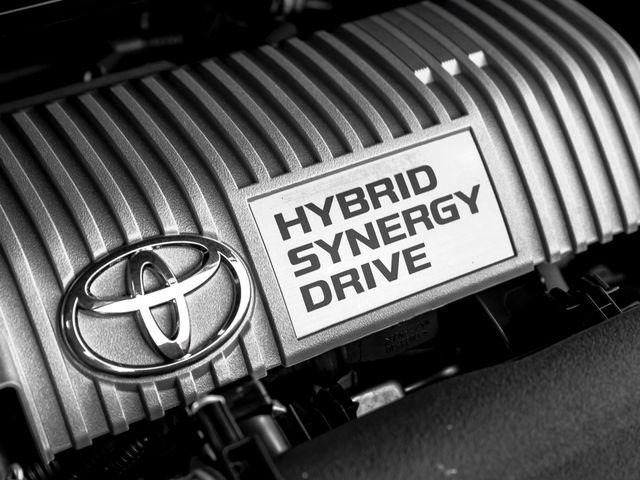 2016 Toyota Prius v Two Burbank, CA 24