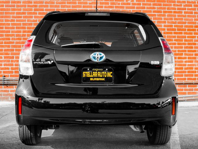 2016 Toyota Prius v Two Burbank, CA 3