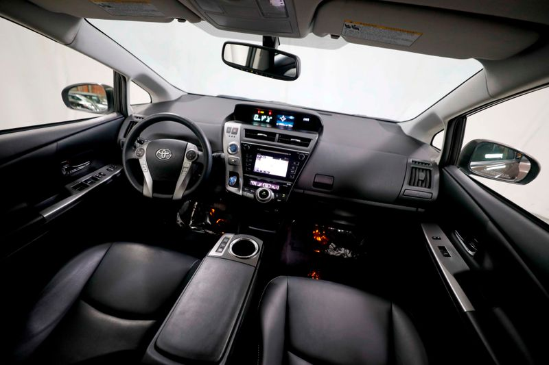 2016 Toyota Prius v Four - Leather - Nav - Back up cam  city California  MDK International  in Los Angeles, California
