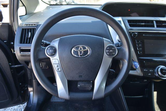 2016 Toyota Prius V Two Naugatuck, Connecticut 20