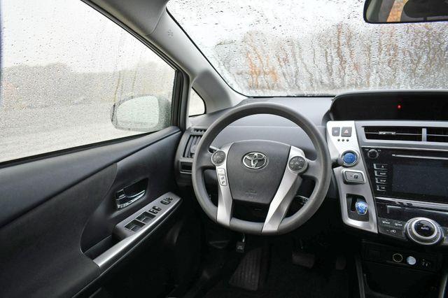 2016 Toyota Prius v Two Naugatuck, Connecticut 16