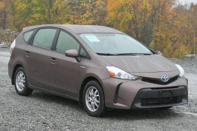 2016 Toyota Prius v Two Naugatuck, Connecticut 6