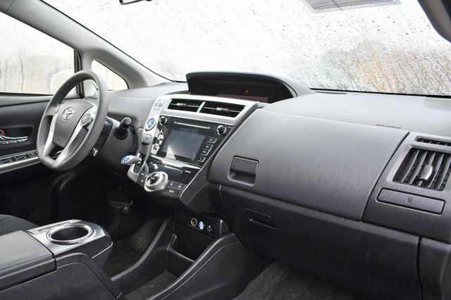 2016 Toyota Prius v Two Naugatuck, Connecticut 8