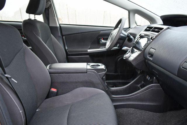 2016 Toyota Prius v Two Naugatuck, Connecticut 9