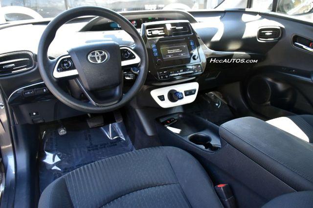 2016 Toyota Prius Two Waterbury, Connecticut 10