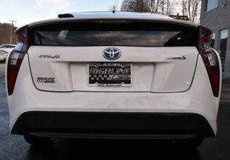 2016 Toyota Prius Two Waterbury, Connecticut 4