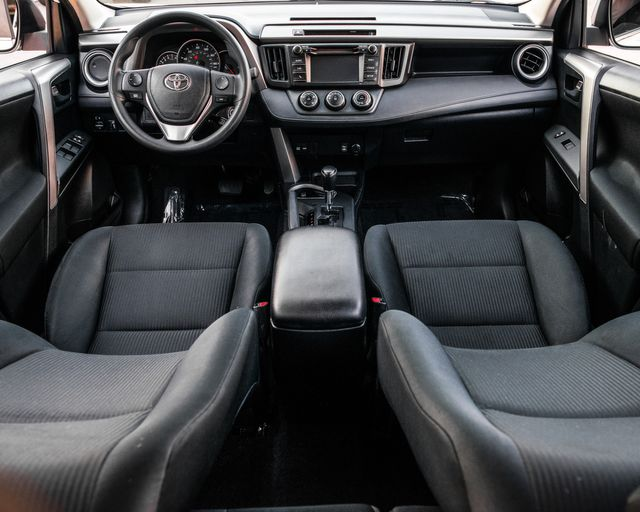 2016 Toyota RAV4 LE Burbank, CA 12