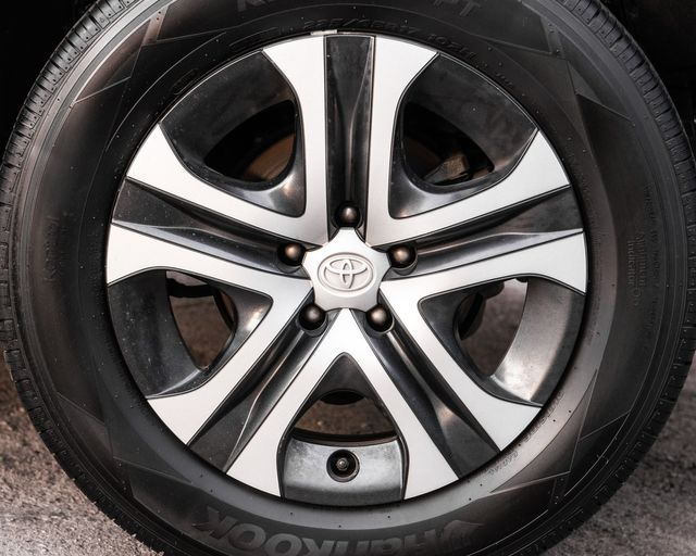 2016 Toyota RAV4 LE Burbank, CA 23