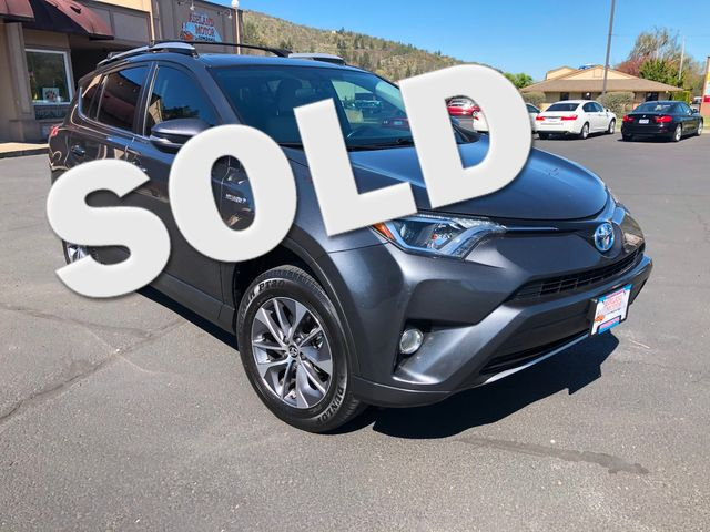 2016 Toyota RAV4 Hybrid XLE | Ashland, OR | Ashland Motor Company in Ashland OR