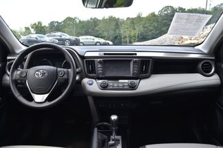 2016 Toyota RAV4 Hybrid Limited Naugatuck, Connecticut 17