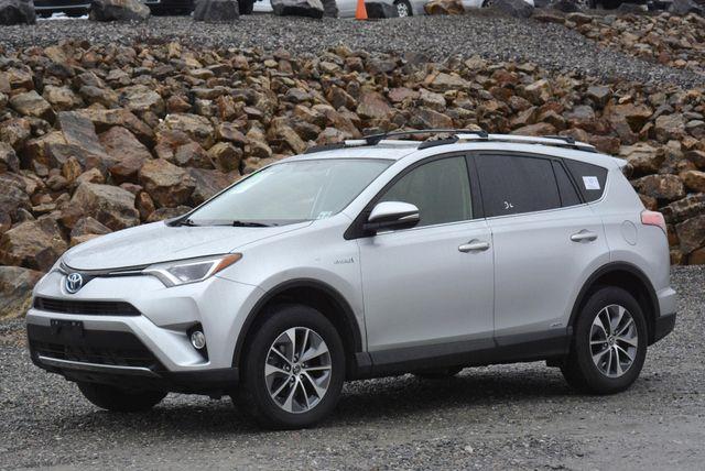 2016 Toyota RAV4 Hybrid XLE Naugatuck, Connecticut