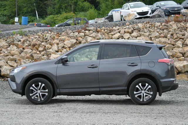 2016 Toyota RAV4 LE Naugatuck, Connecticut 1