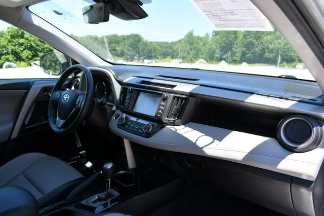 2016 Toyota RAV4 Limited AWD Naugatuck, Connecticut 3
