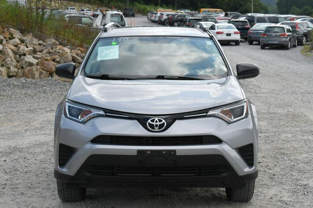 2016 Toyota RAV4 LE Naugatuck, Connecticut 9