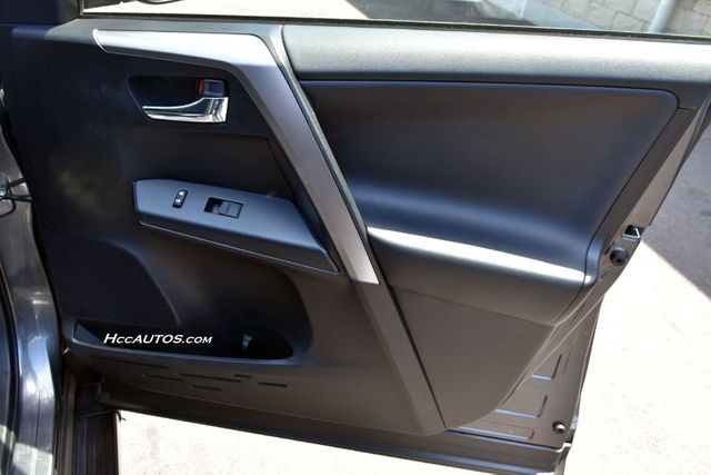2016 Toyota RAV4 XLE Waterbury, Connecticut 23