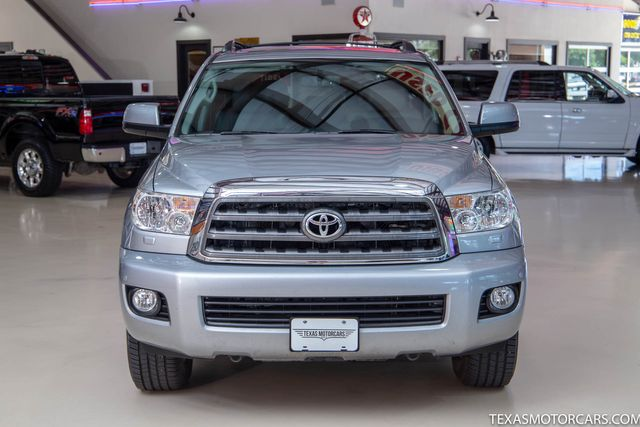 2016 Toyota Sequoia SR5 in Addison, Texas 75001