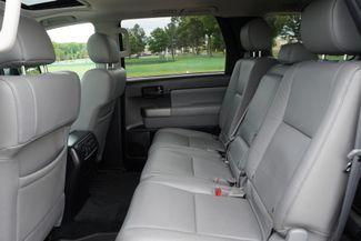 2016 Toyota Sequoia SR5 Memphis, Tennessee 19
