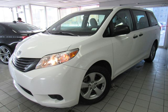 2016 Toyota Sienna L W/ BACK UP CAM Chicago, Illinois 2
