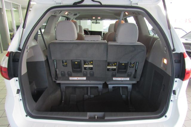 2016 Toyota Sienna L W/ BACK UP CAM Chicago, Illinois 6