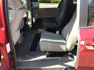 2016 Toyota Sienna LE Handicap Wheelchair accessible van Dallas, Georgia 7