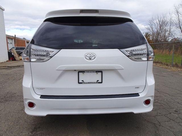 2016 Toyota Sienna SE Madison, NC 3