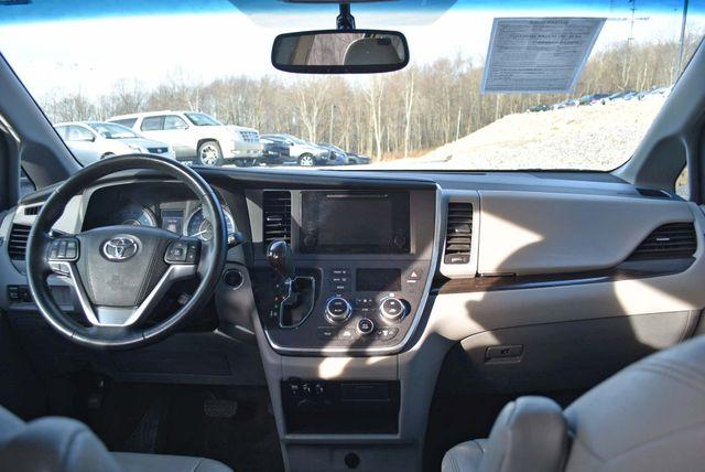 2016 Toyota Sienna XLE Naugatuck, Connecticut 14
