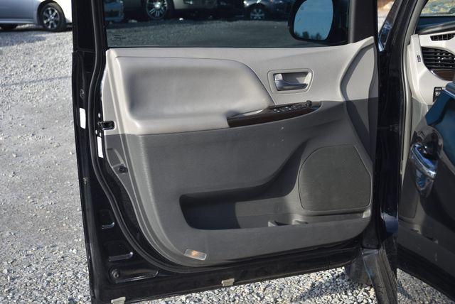 2016 Toyota Sienna XLE Naugatuck, Connecticut 16