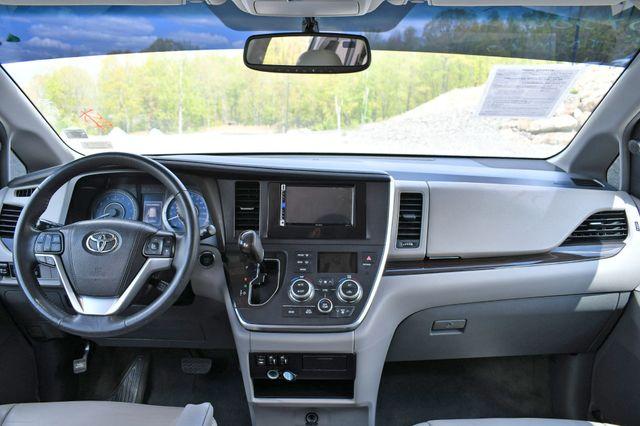 2016 Toyota Sienna XLE Naugatuck, Connecticut 18