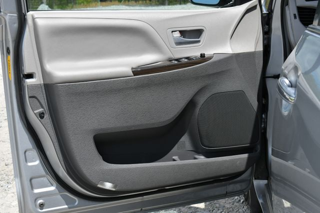 2016 Toyota Sienna XLE Naugatuck, Connecticut 21
