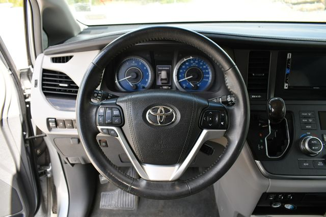 2016 Toyota Sienna XLE Naugatuck, Connecticut 23