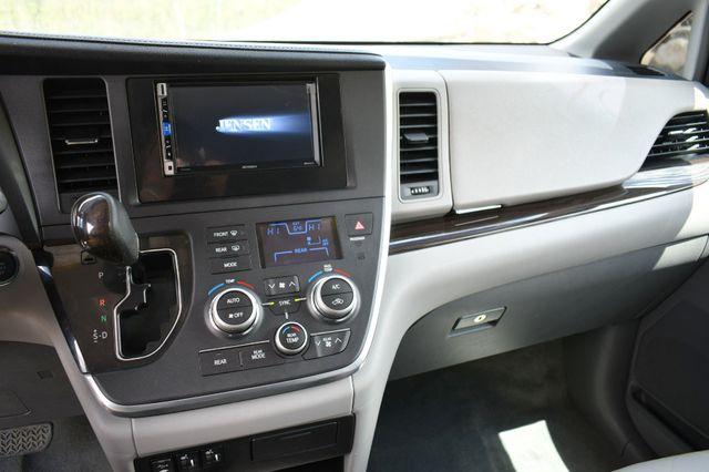 2016 Toyota Sienna XLE Naugatuck, Connecticut 24