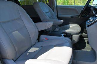 2016 Toyota Sienna XLE AWD Naugatuck, Connecticut 10