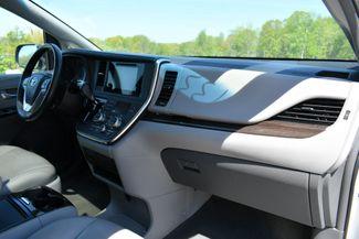 2016 Toyota Sienna XLE AWD Naugatuck, Connecticut 11